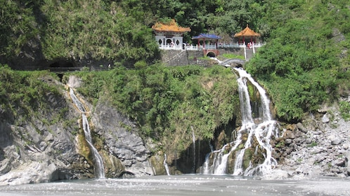 Landscape view of the rocks and houses at the Taroko Marble Gorge Tour in Taipei