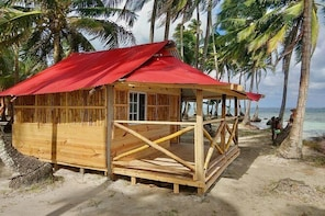 2 days / 1 night on a Paradise Island in San Blas - Private Cabin (2 Guests...