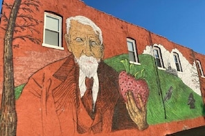 Strawberry Hill and Downtown KCK Hike