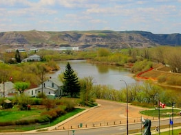 Private Tour Drumheller & Horseshoe Canyon 1-Day