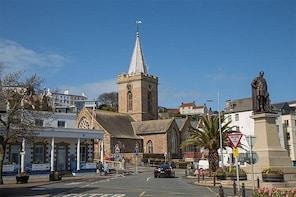 Guernsey City Tour - Walking Private Shore Tour