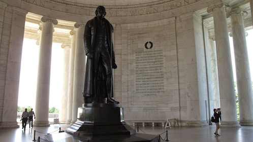 Interior view of Jefferson memorial.
