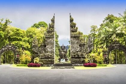 Botanical Garden_Eka Karya_shutterstock_126362825 SR.jpg