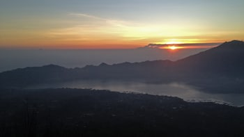 Sunrise Mount Batur Hike & Coffee Plantation Visit