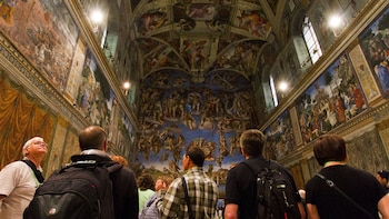 Skip-the-Line Sistine Chapel Express & St. Peter's Basilica Tour