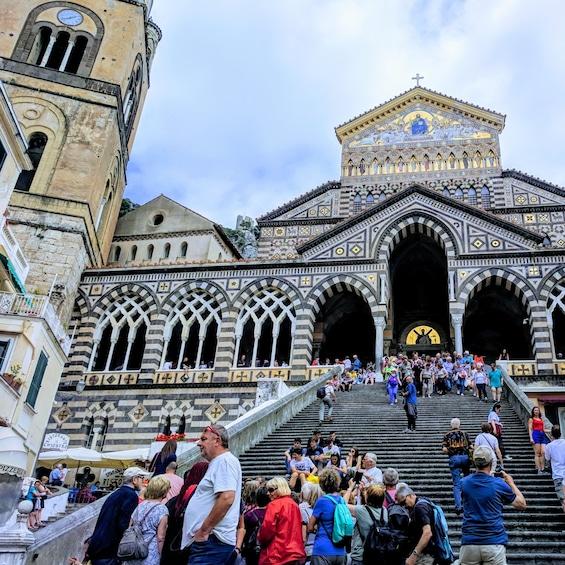 Apri foto 3 di 9. Positano &  Amalfi Tour by Boat & Light Lunch from Sorrento
