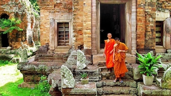 One Day Private Guide Tour to Phnom Da & Phnom Chisor