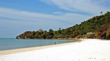 3 Days Private Guide Tour Kep & Rabbit Island Escape
