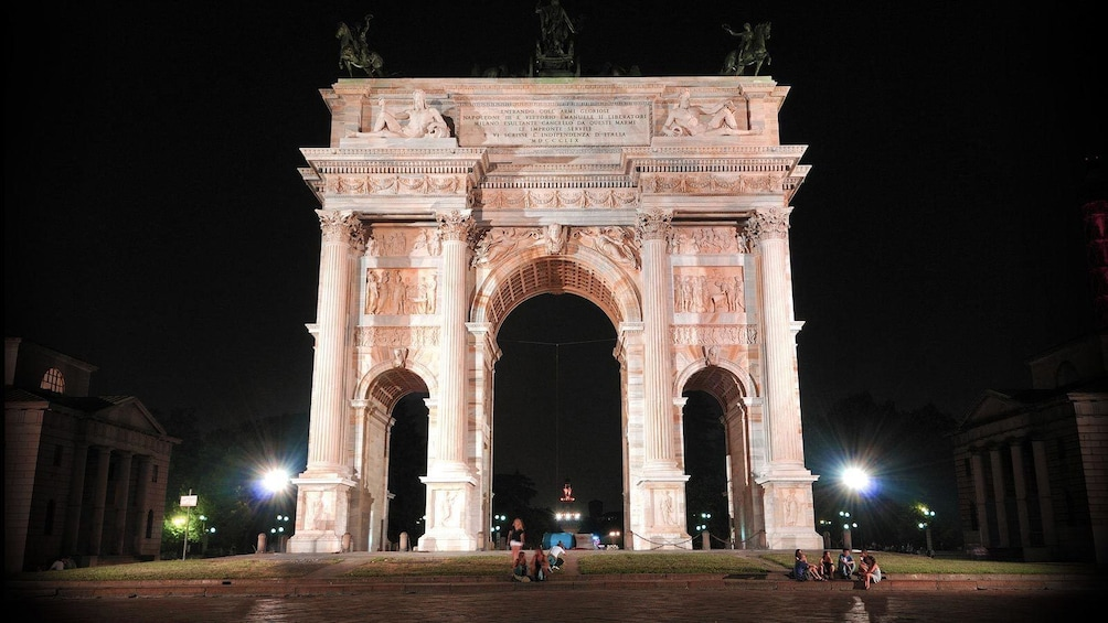 Show item 3 of 5. driving by the history arch in Italy