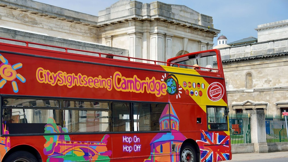 Hop-On Hop-Off bus in Cambridge