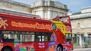 Cambridge Hop-On Hop-Off Bus Tour