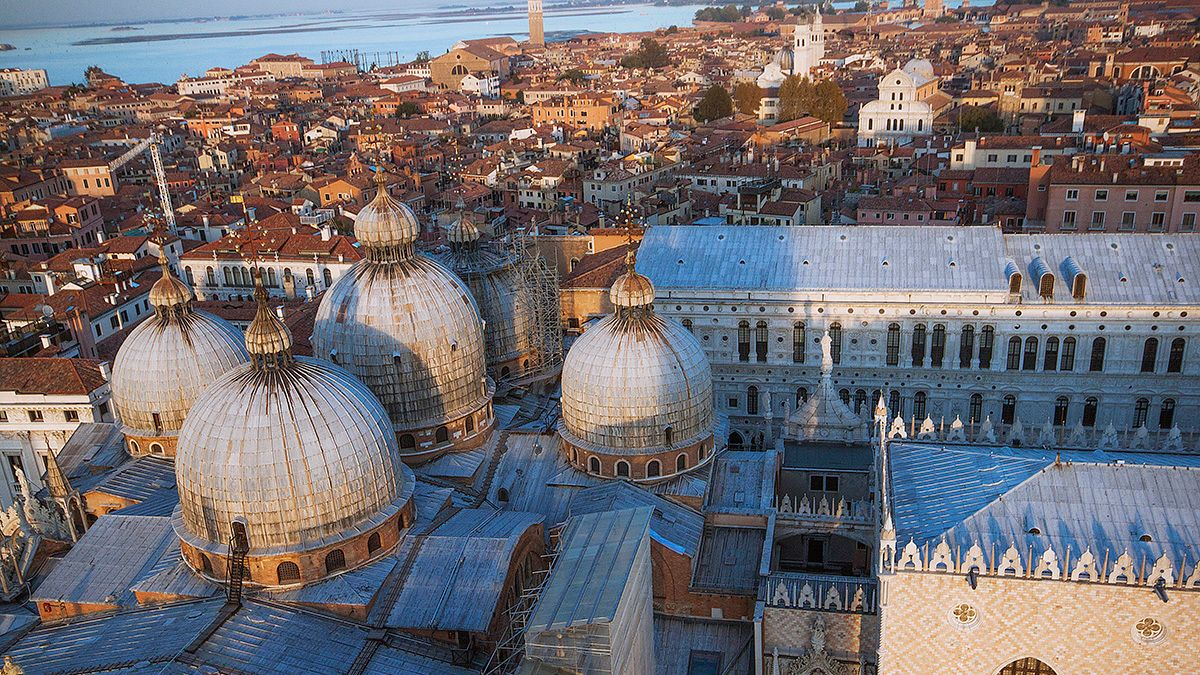 Walking Tour, with Doge's Palace & Saint Mark's Fast Entry
