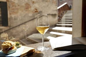 Wine Tasting Experience in Venice