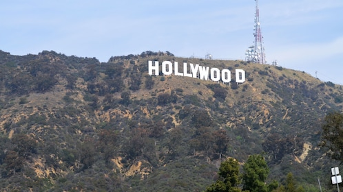 Landscape view of Hollywood sign.