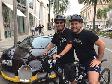 Celebrity Bike Tour, ELECTRIC BIKE experience - Expert Guide