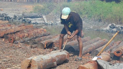 kuala-sepetang-charcoal-factory-2.JPG