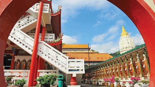 Private Penang Hill & Temple Tour