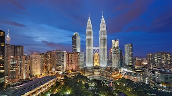 Private Kuala Lumpur Night City Tour With Dinner