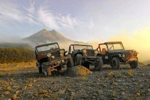 Merapi Jeep/Walk Sunrise Tour For School, Private