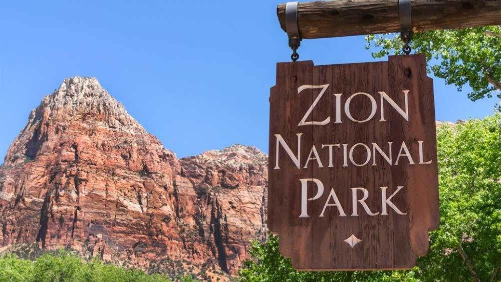 VIP Zion Bus Tour
