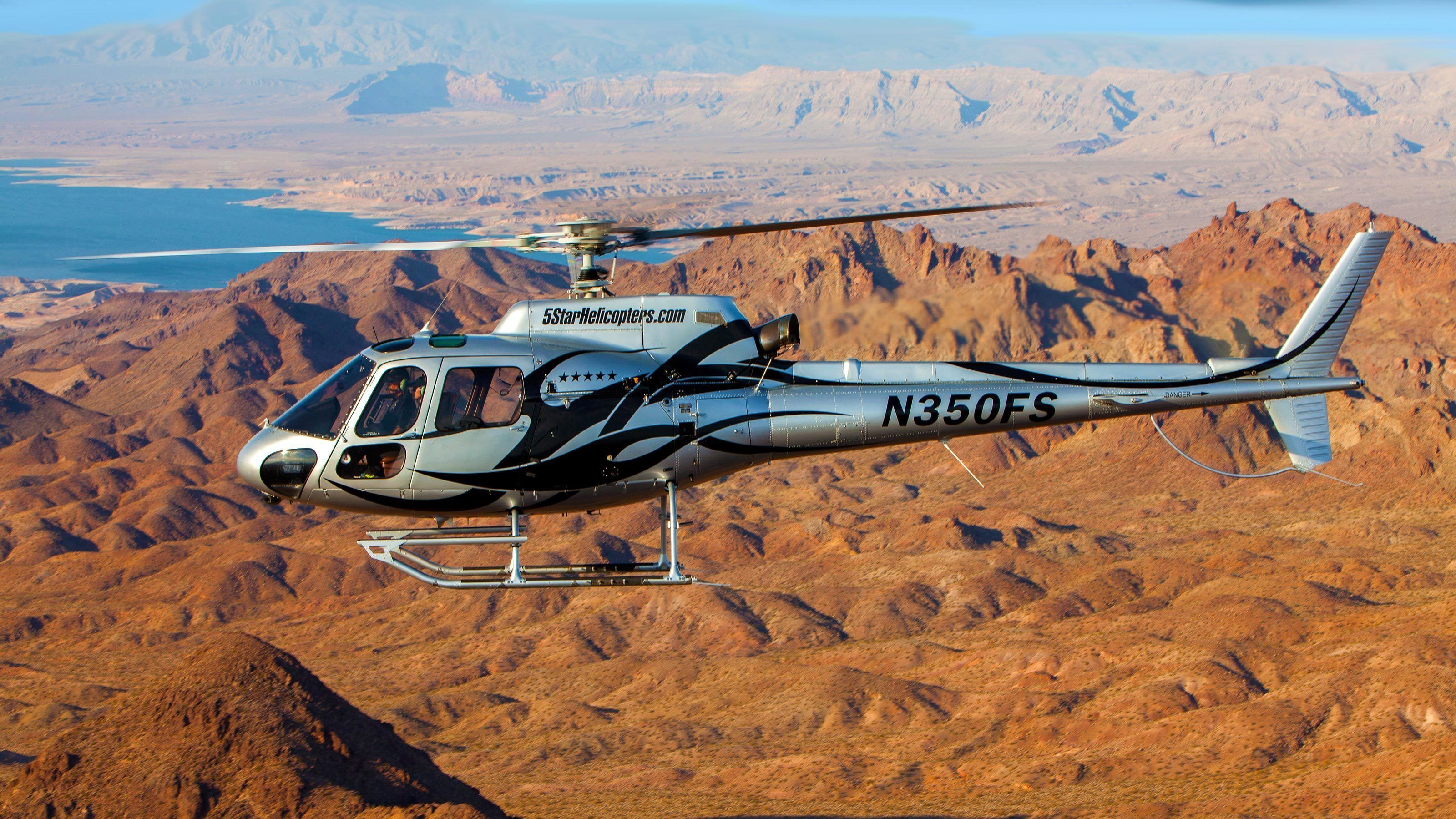 Helicopter flies through the Grand Canyon