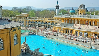 Skip-The-Line Entry at Széchenyi Bath & Dinner Cruise with Live Music