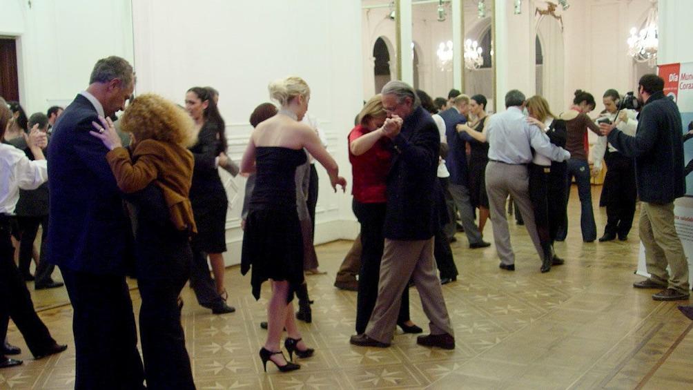 Tango class in Argentina