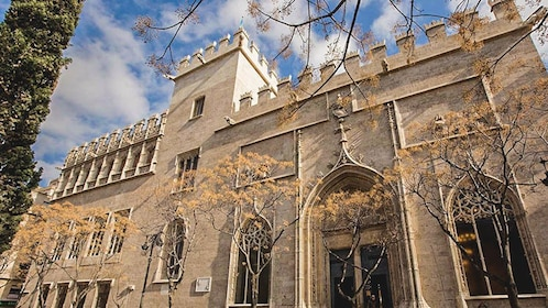 Exterior view of historical building in Valencia.