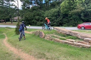 Full-Day Private Guided Mountain Bike Tour in Bentonville