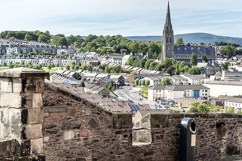 Highlights of the Walled City of Derry / Londonderry: a self-guided audio tour