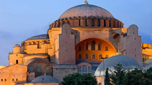 Evening view of the Hagia Sophia, a basilica in Istanbul, Turkey