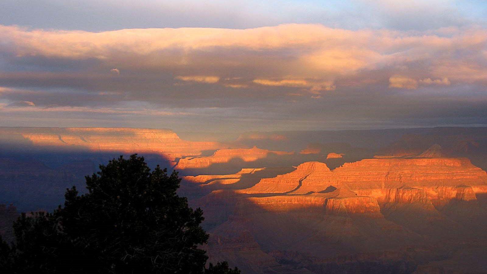 The sun setting over the Grand Canyon in Arizona