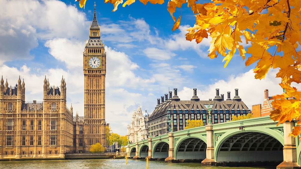 Big Ben and the Houses of Parliament along the River Thames in London