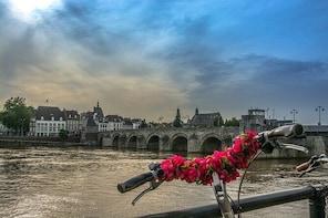 Maastricht University & Highlights Tour