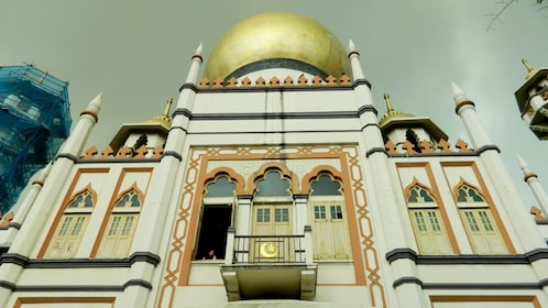 Mosque with golden dome in Singapore