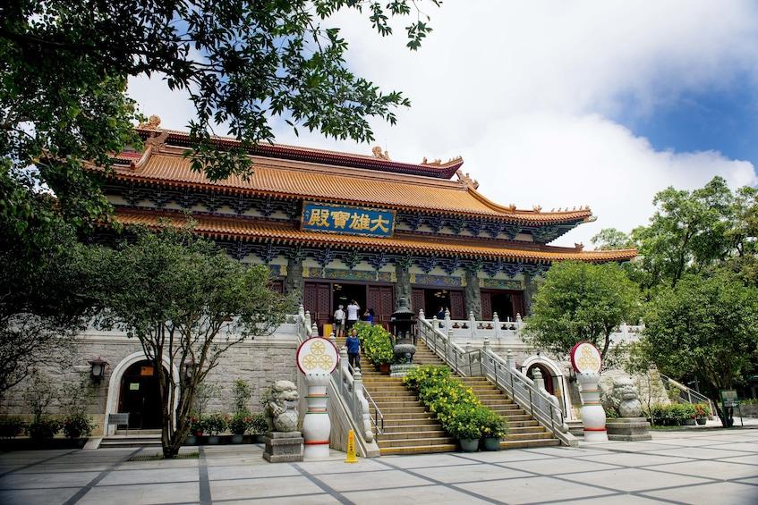 Skip-the-Line Ngong Ping 360 with Lantau Island & Tian Tan Buddha Full-Day Tour