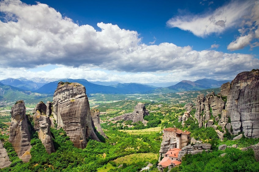 Meteora Full-Day Trip from Athens via Scenic Train