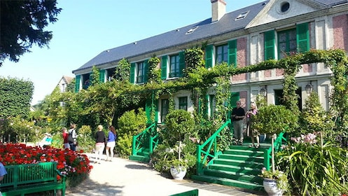 Outside the Giverny & Monet's Home Tour in Paris