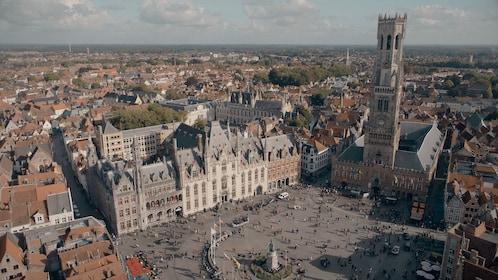 Dronebeeld Markt.jpg