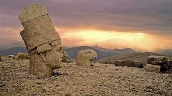 2-Day Mount Nemrut & Upper Mesopotamia Tour with Overnight Accommodations