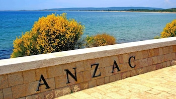 Private Troy & Gallipoli Tour with Lunch