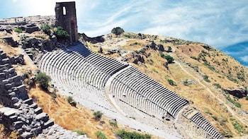 2-Day Ephesus & Pergamum Tour with Airfare from Istanbul
