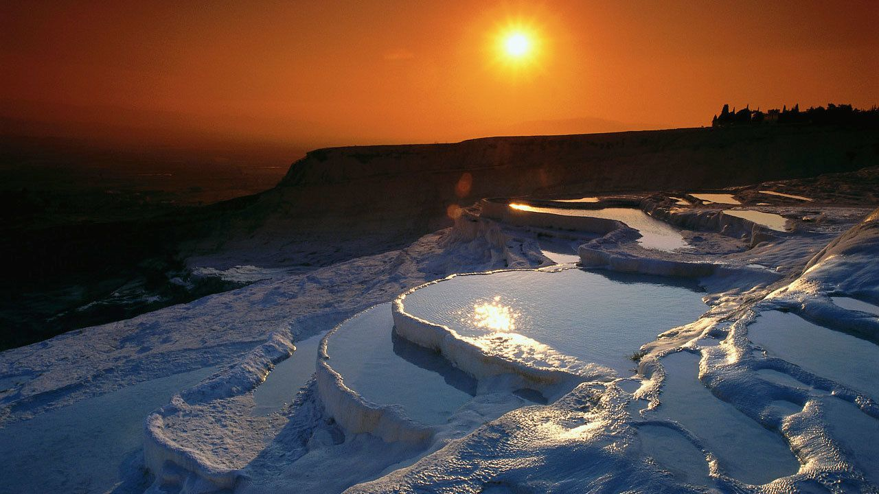 Hot springs at sunset in Pamukkale