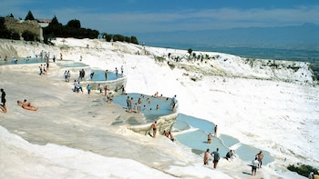 Pamukkale Hot Springs from Istanbul by Overnight Bus