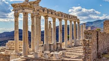 Pergamum Full-Day Tour with Airfare from Istanbul