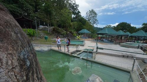 sabah-poring-hot-spring-1.jpg