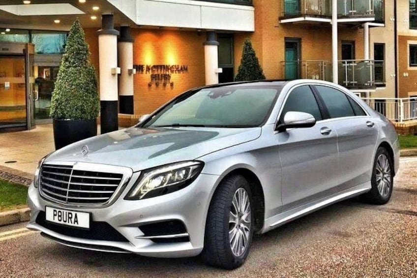 Show item 4 of 18. Nottingham to London Heathrow (LHR) Airport Luxury Private Airport Transfer