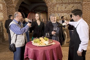 Wines tour and tasting with history in Atalaia