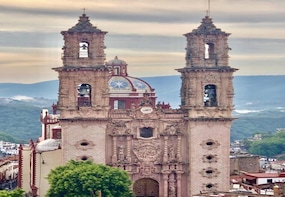 Discover Taxco and Cacahuamilpa Caves leaving from Acapulco