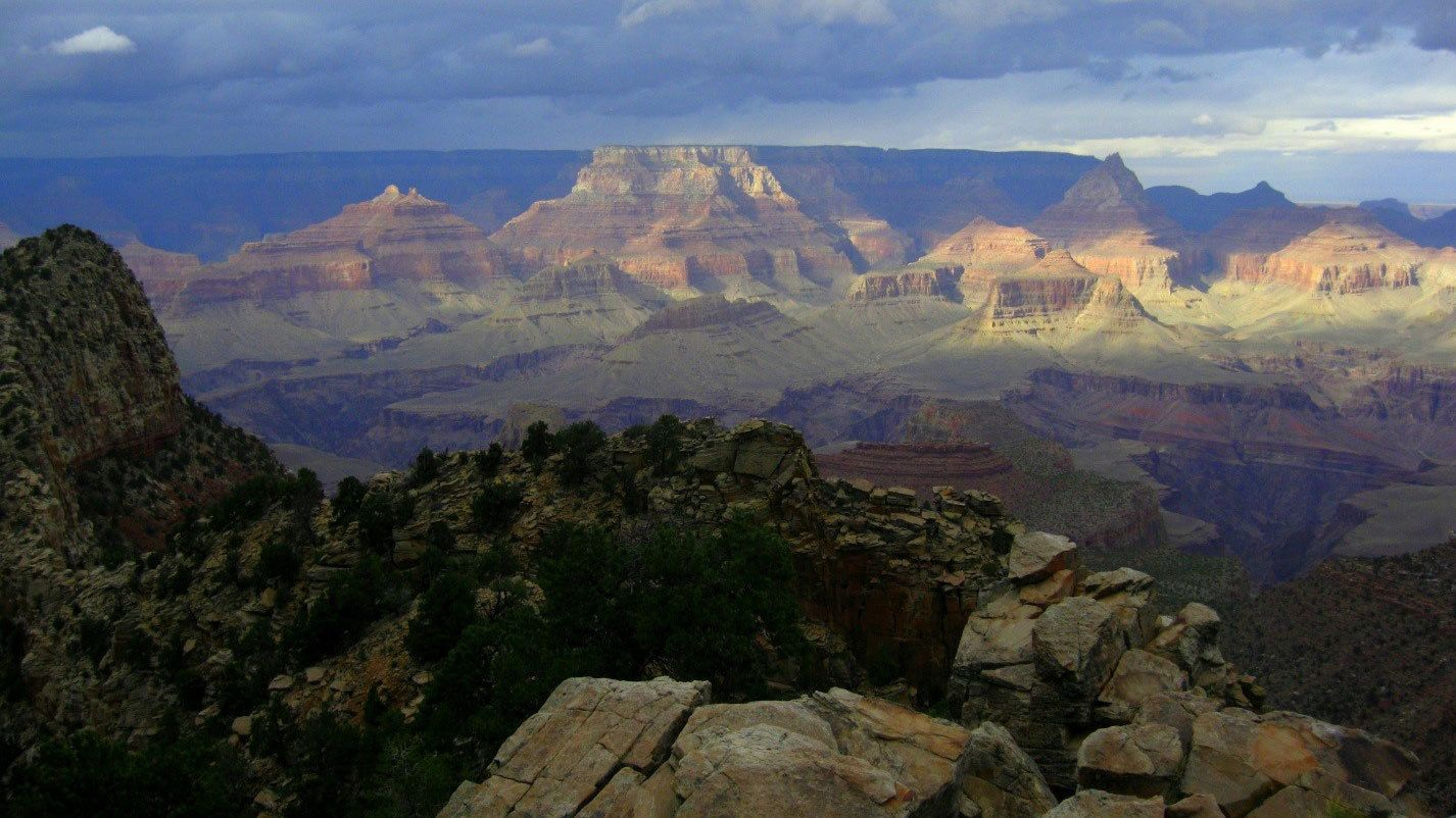 View from the edge of the Grand Canyon